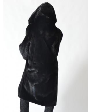 Ursula – Visone